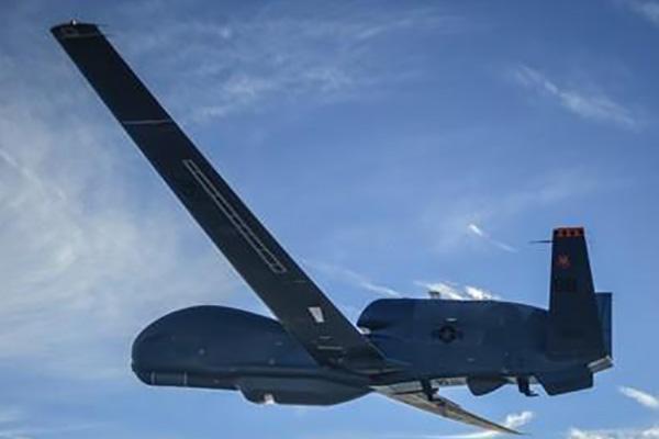 Aufklärungsdrohne Global Hawk an Südkorea ausgeliefert