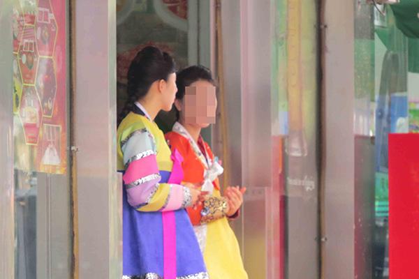 中国遣返丹东北韩餐厅女服务员