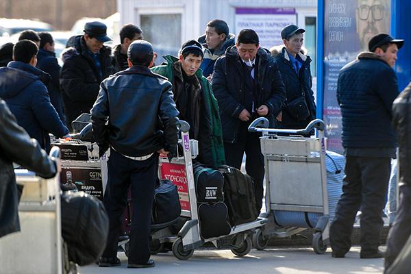 Le Népal renvoie de force 10 nord-Coréens en situation irrégulière