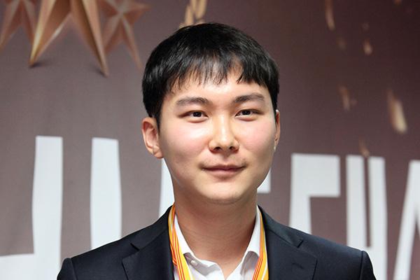 LG杯世界棋王戦が開幕 新型コロナで史上初オンライン対局
