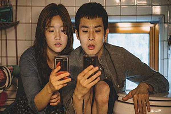Đạo diễn Bong Joon-ho dự định ra mắt phiên bản đen trắng của