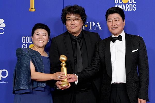 Bong's 'Parasite' Bags 1st Golden Globe for S. Korea