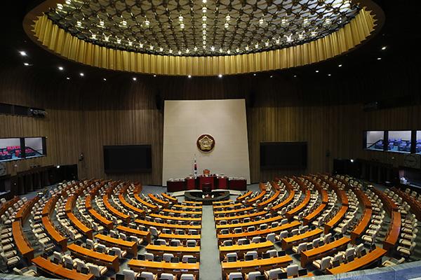 韓国、検察の捜査指揮権が廃止へ 改正案が国会で可決