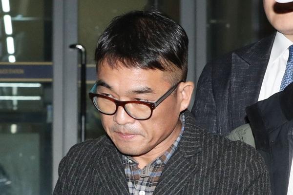 استجواب المغني كيم كون مو في ادعاءات الاعتداء الجنسي