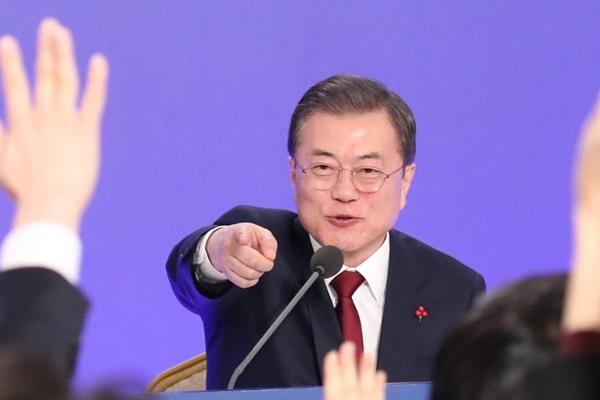 Korsel Pertimbangkan Tur Perorangan bagi Anggota Keluarga Terpisah Antar-Korea