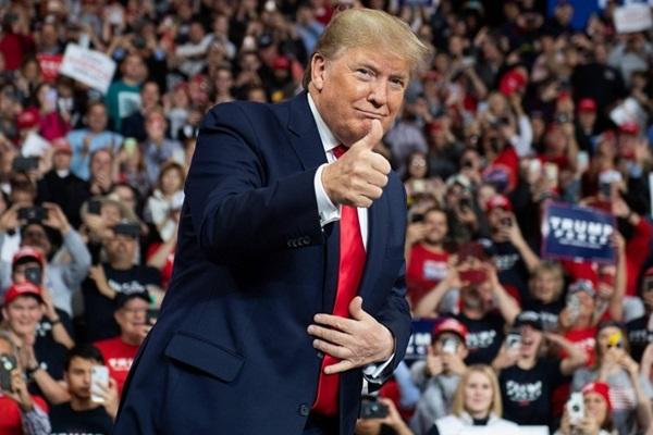 """전문가들 """"올해 전 세계 최대 위험 요소는 미국 정치"""""""