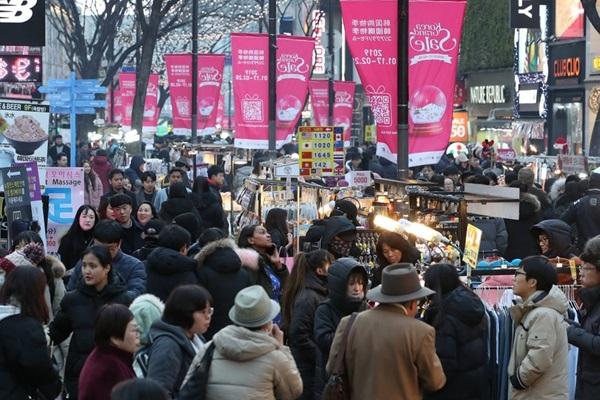 افتتاح مهرجان التخفيضات الكورية الكبيرة