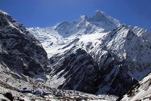 네팔 안나푸르나 눈사태로 한국인 4명 실종…외교부 신속대응팀 급파
