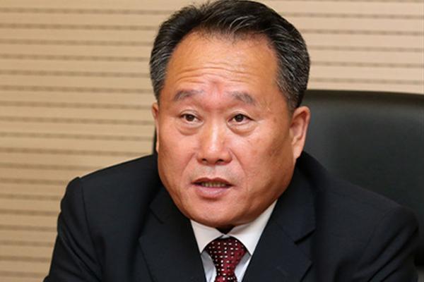 北韓、新外相に強硬派の李善権氏