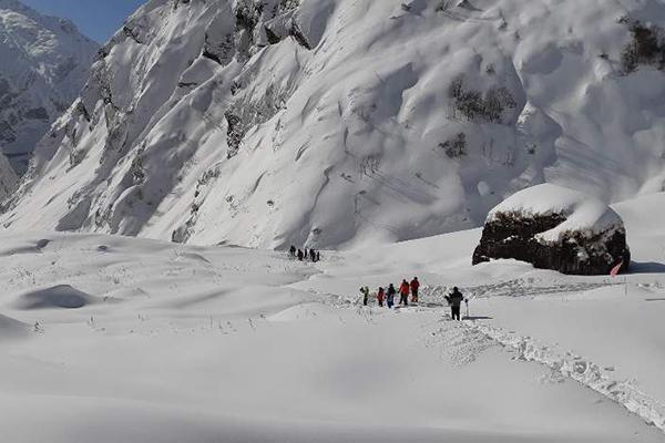 В горах Непала ведутся поиски четырёх южнокорейских туристов
