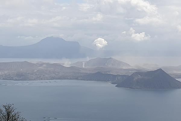Coreanos en Filipinas alertan de daños por el volcán Taal
