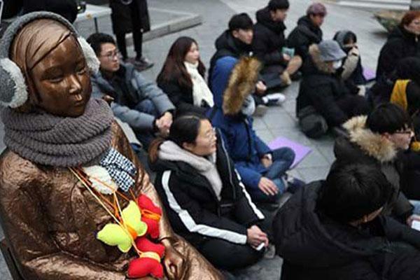 وفاة إحدى ضحايا الاسترقاق الجنسي الياباني