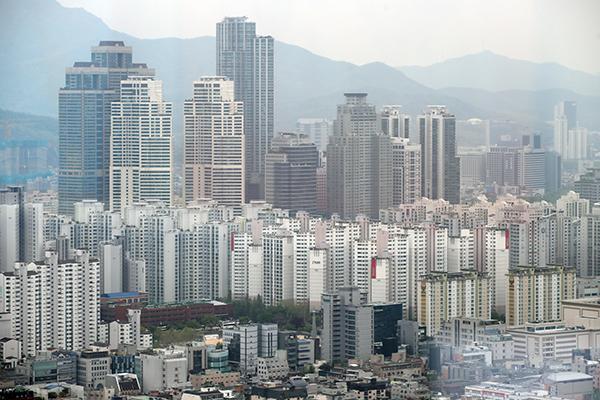 Flambée des prix du logement : le gouvernement annonce une série de mesures plus musclée