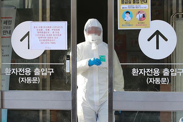 Число новых случаев заражения вирусом COVID-19 в РК продолжает расти