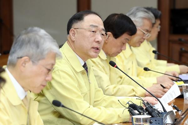 洪楠基:纪念韩俄建交30周年 促进12项共同品牌计划