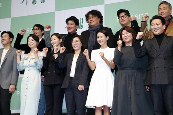 '트럼프 저격쯤이야'…기생충, 북미 역대 외화흥행 4위 등극