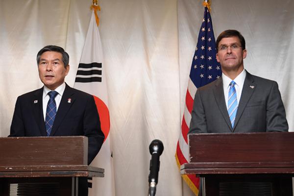 اجتماع بين وزيري الدفاع الكوري والأمريكي في واشنطن