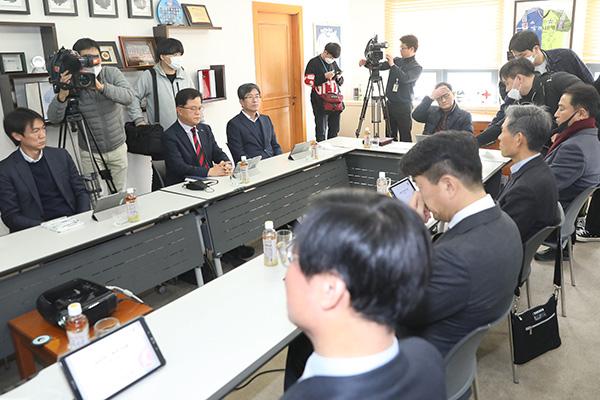 Covid-19 : le monde sportif à l'arrêt en Corée du Sud