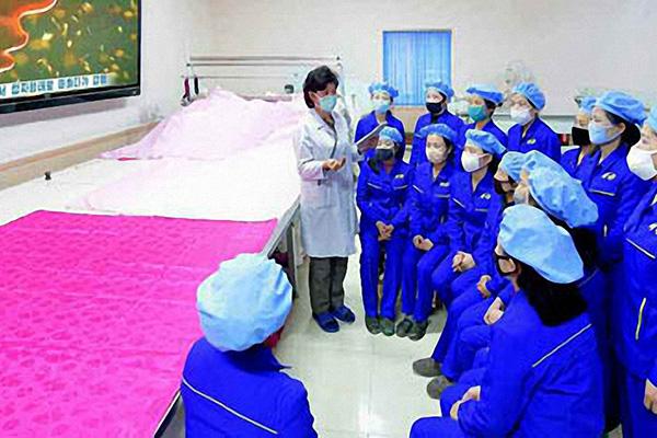 """북한도 코로나19에 회식 금지…""""식당 등 공공장소 모임 금지"""""""