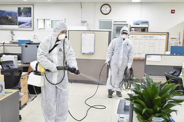 Zahl der Corona-Infektionen in Südkorea auf 2.022 gestiegen