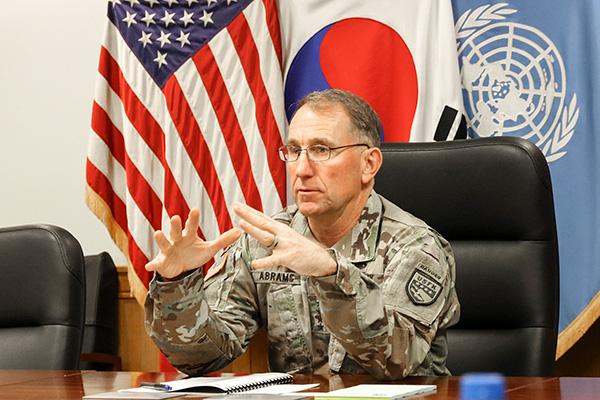 Covid-19 : Robert Abrams convaincu que la Corée du Nord cache des cas de contamination