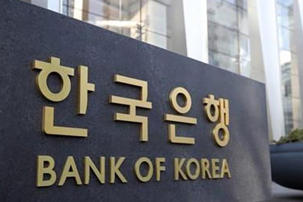 Банк Кореи направит на валютный рынок 12 млрд долларов