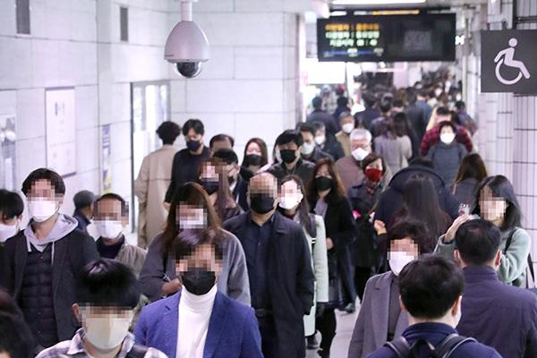 Власти Сеула сокращают время работы метрополитена