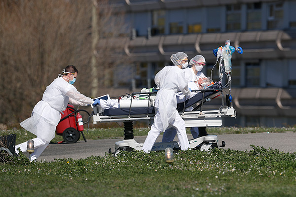 New COVID-19 Cases Slow in US, Europe as Japan Faces State of Emergency