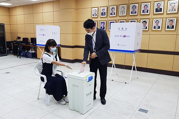 1일부터 재외투표 시작…비례정당 '한몸' 선거