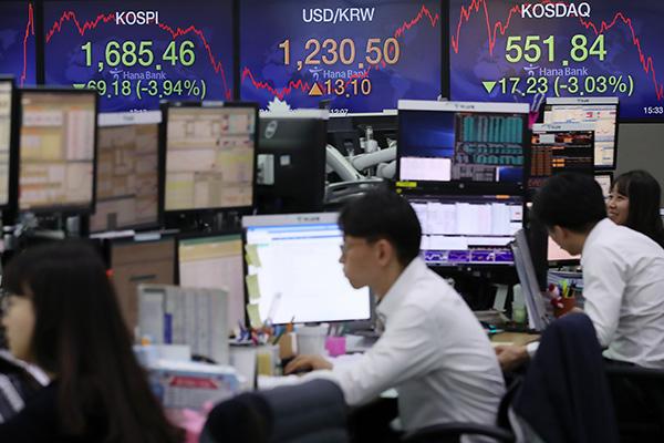 総合株価指数、第1四半期に20%下落 2008年金融危機以来の下落率
