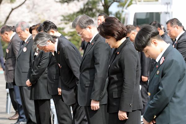 済州4.3事件 文大統領が追悼式に出席