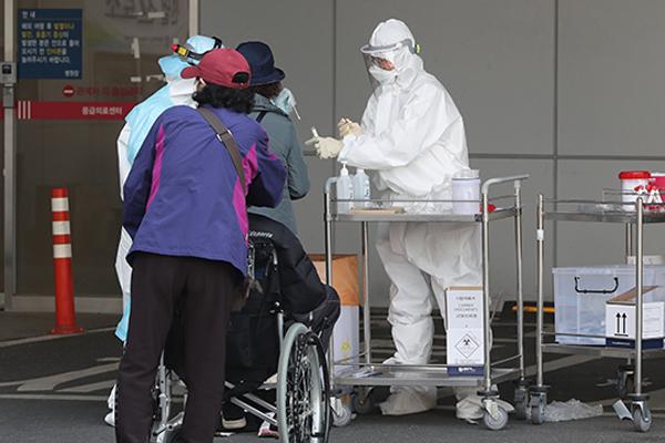 Hàn Quốc có tổng cộng 10.284 ca nhiễm COVID-19, tăng 47 người tính tới 0 giờ ngày 6/4