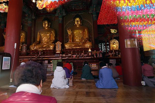 Iglesias y templos del país reanudan servicios religiosos