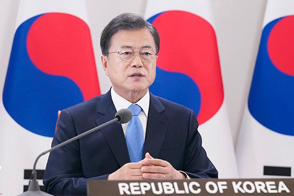 الرئيس مون يشارك تجربة كوريا في مكافحة كورونا مع جمعية منظمة الصحة العالمية