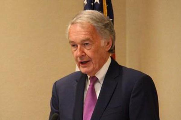 Le sénateur américain Ed Markey appelle à élargir l'aide humanitaire à la Corée du Nord