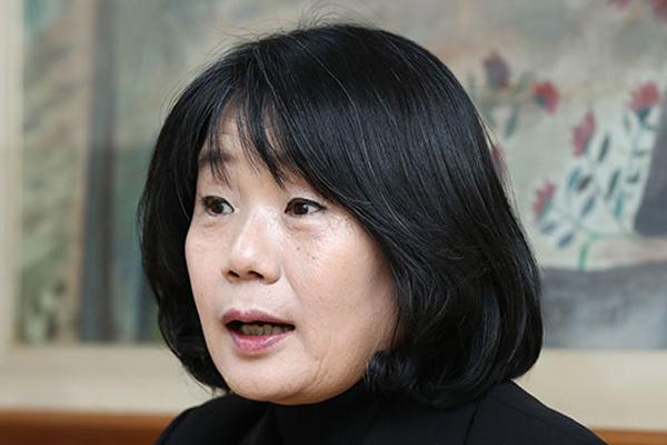 """""""한시라도 빨리"""" 통합당, 윤미향 사퇴 압박"""