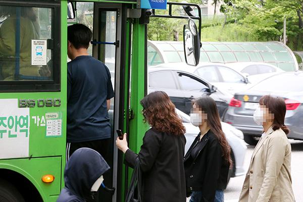 В общественном транспорте РК вводится обязательный масочный режим