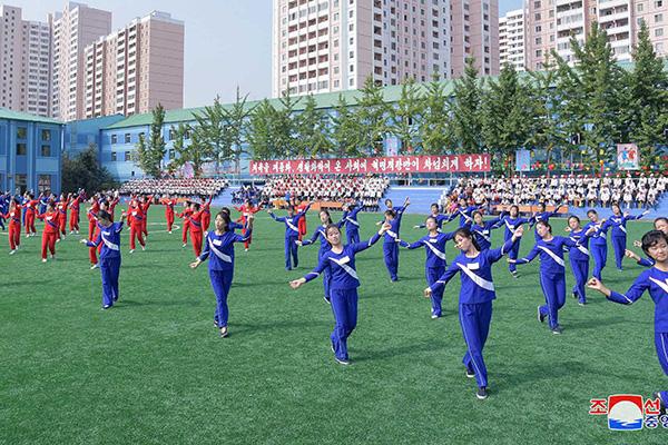 """북한, 외부 영화·노래 모방 경고…""""방탄벽 더 높이 쌓아야"""""""