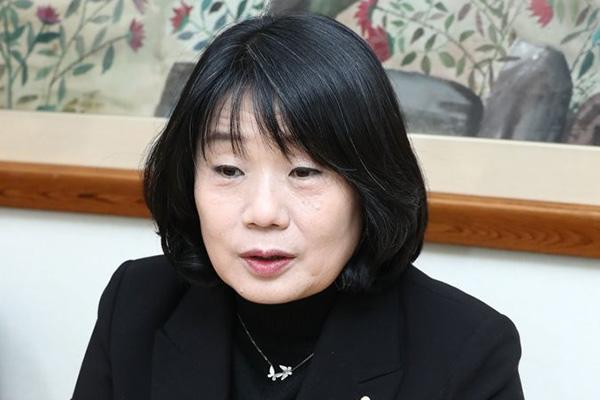 윤미향, 국회의원 임기 시작 하루 앞두고 29일 2시 기자회견
