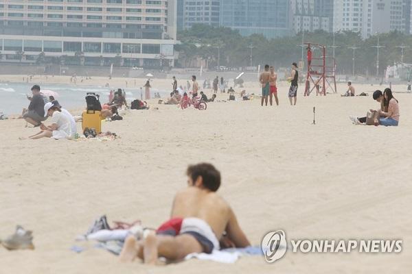 Busan Beaches Open Under New Quarantine Guidelines