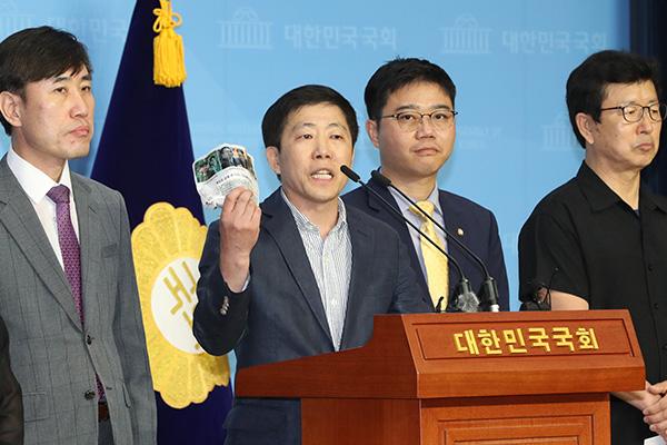 韓国政府「北韓へのビラ散布は法律違反」脱北者団体を告発