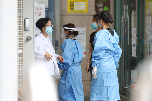 Record Number of COVID-19 Patients Hospitalized in Seoul