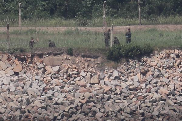 Quân đội Bắc Triều Tiên đe dọa tiến quân vào khu vực phi quân sự