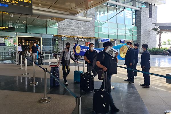 فيتنام تسمح بتسيير رحلات جوية محدودة