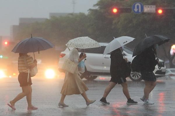 Hujan Lebat Melanda Sebagian Besar Wilayah Korsel pada Selasa Ini