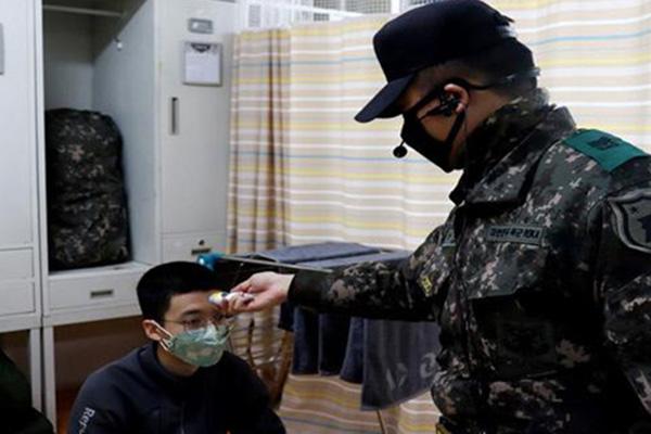 軍隊でワクチン接種完了者の面会を許可 休暇復帰後の隔離からも除外