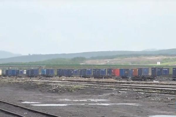 Trung Quốc bắt đầu vận chuyển hàng hóa sang Bắc Triều Tiên bằng tuyến đường sắt Nga-Triều