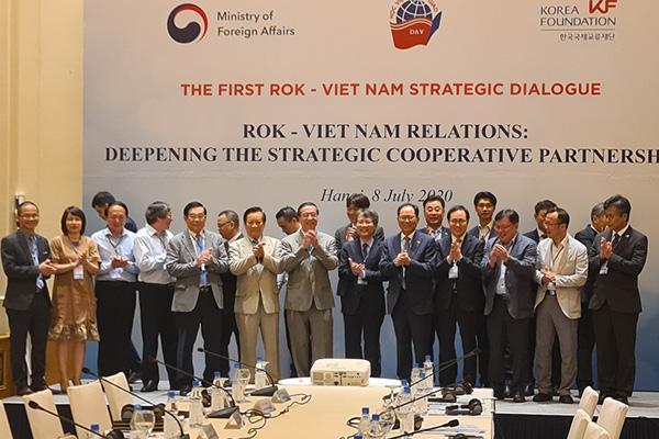 Hàn Quốc và Việt Nam thảo luận phương án bình thường hóa giao lưu nhân sự