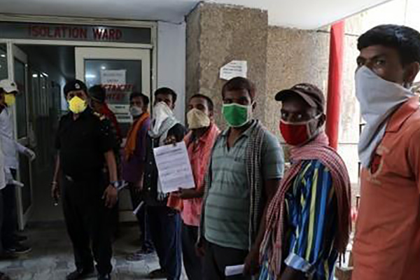 인도 신규 확진자 2만8천명 웃돌아…닷새 연속 최고치 경신