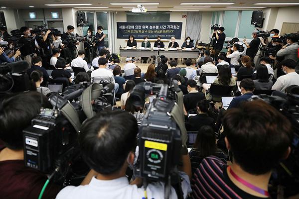 指控朴元淳的女性:持续4年遭到性骚扰